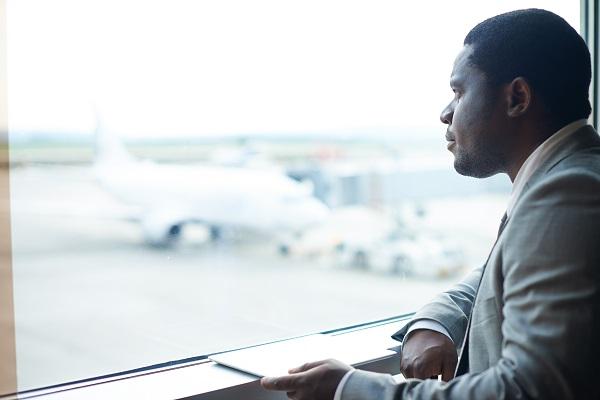 Mudaram a reunião ou evento: como antecipar o voo?